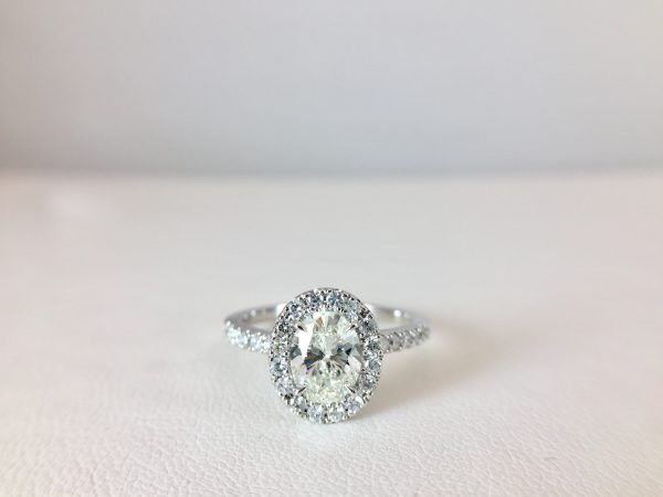Count on us for your engagement ring