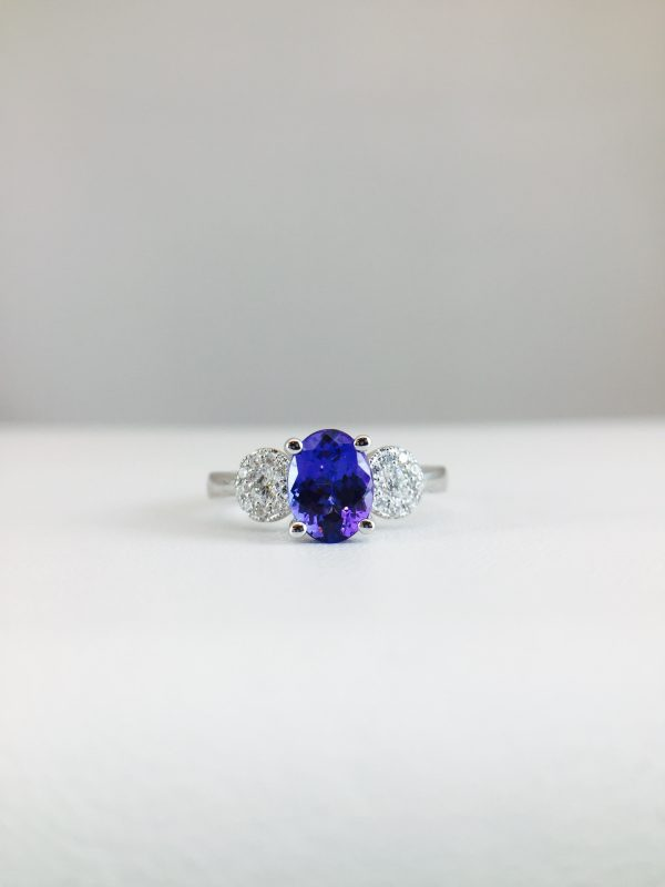 Tanzanite paired with 2 diamonds