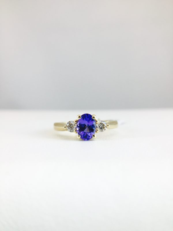 Gold band - Diamond and Tanzanite