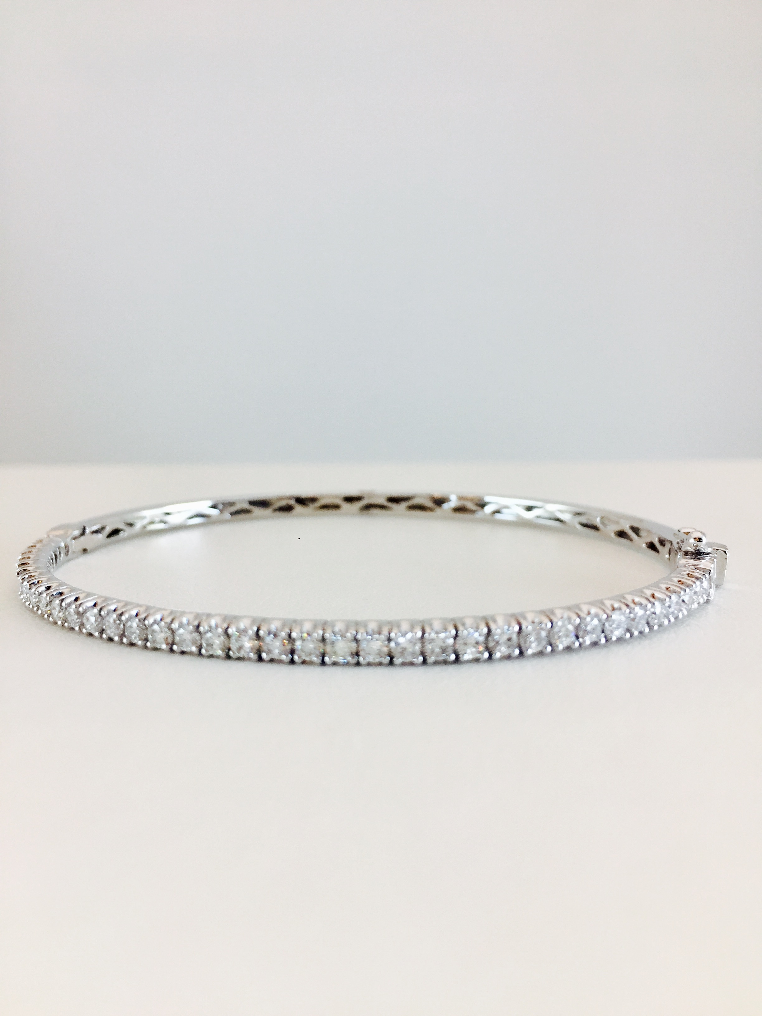 white of pave total a diamond round bracelet diamonds set pin weigh shaped evil bracelets brilliant bezel marquise eye with cut gold the pinterest