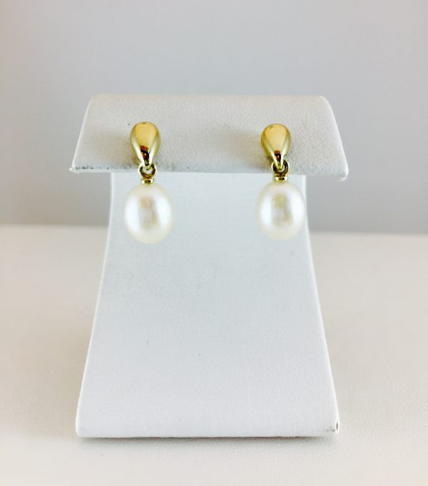 gold and pearl - earrings
