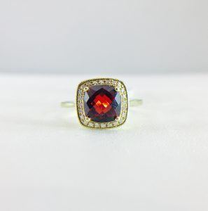 Vintage ring - Garnet and diamond
