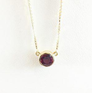Circle Garnet Pendant