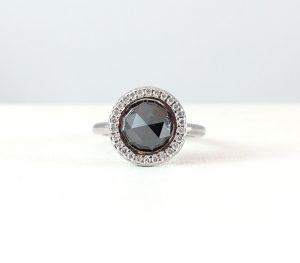 Black stone with diamonds - ring